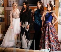 It's Prom Night on Tonight's 'Pretty Little Liars'!: Photo The Liars get all dolled up for prom in this still from tonight's episode of Pretty Little Liars. Pretty Little Liars Saison, Pretty Little Liars Spoilers, Pretty Little Liars Fashion, Ashley Benson, Pretty Little Liers, Nice Dresses, Prom Dresses, Dressy Dresses, Long Dresses