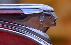 Vintage Pontiac Silver Streak hood ornament