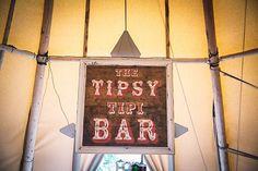 Ohnee tipsy mag niet he 😩😂  Garden Party DIY Tipi Wedding http://www.louiseprancephotography.co.uk/