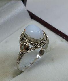 Vintage Ringe - Nostalgischer Silberring 925 mit Achat weiß SR576 - ein Designerstück von Atelier-Regina bei DaWanda