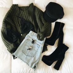 Moda Hipster Grunge Casual Outfits For 2019 Hipster Outfits, Grunge Outfits, Grunge Fashion, Cute Fashion, Trendy Fashion, Casual Outfits, Vintage Fashion, Fashion Outfits, Fashion Trends