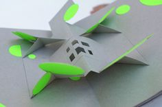 Pop up book // What am I ? on Behance