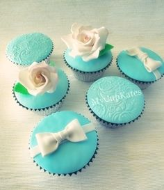 Engagement party gift cupcakes By Mycupkates on CakeCentral.com