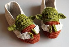 Star Wars Yoda Crochet Slippers #pattern