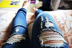 Love cutted jeans. :)