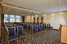 Eines der Konferenz- & Seminarräume / One of the conference and seminar rooms | RAMADA Überseehotel Bremen