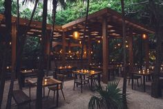 restaurant exterior Ive mentioned this before, but Tulum will always hold a special place in my heart for being the place where I first decided to go vegan. My return only served to deepen my love for the area. Outdoor Restaurant Design, Rustic Restaurant, Restaurant Ideas, Tulum Restaurants, Outdoor Cafe, Outdoor Seating, Garden Cafe, Restaurant Interior Design, Cafe Design