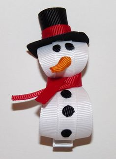 Snowman hair bow!! Totally making this right now .
