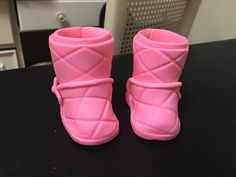 Fondant Pink Baby Uggs
