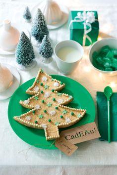 Recette de Noël : un sablé géant en forme de sapin - Giant Christmas cake recipe - Marie Claire Idées