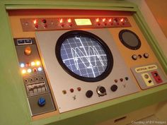 3rd Season Flight Console Radar - not sure what show, probably moonbase alpha.  Nice clean interface.