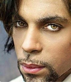 Sexy eyes & gorgeous lips of a beautiful Prince⭐hmmmm sexy! Sheila E, Paisley Park, Madonna, Minneapolis, Jazz, Divas, Pictures Of Prince, The Artist Prince, Hip Hop
