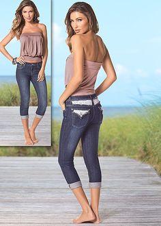 Women's Bandeau top, capri jeans