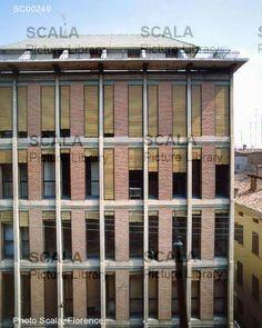 Scala Archives – Dettaglio immagine Condominium, Outdoor Structures, Windows, Ramen, Window