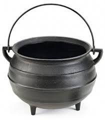 http://produto.mercadolivre.com.br/MLB-713055707-panela-tripe-sem-tampa-ferro-fundido-alfa-n-5-caldeiro-_JM