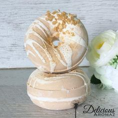 Vanilla Caramel Doughnut Bath Bomb