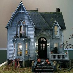 Haunted DollHouse Inspiration... love the details