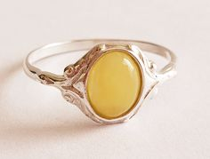 Sterling Silver Rings, Silver Jewelry, Unique Jewelry, Yellow Rings, Baltic Amber Jewelry, Amber Ring, Statement Rings, Great Gifts, Gemstone Rings