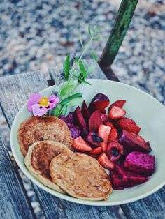 Easy vegan pancakes with pink dragonfruit berries and plums