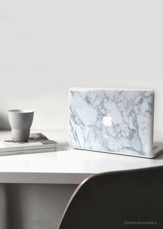 French By Design / Monday workspace and a marble obsession // Blog Design, My Design, Future Gadgets, Office Workspace, Rose Design, Apple Products, Patio, Natural Texture, Decoration
