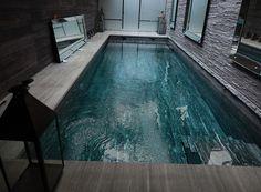 Notre sélection de #piscine intérieure : la piscine à fond mobile