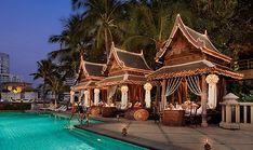 Unusual Hotels in the World   Many cities throughout the world have luxury hotels, but in Bangkok ...