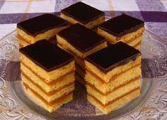 Reteta Prajitura din foi, cu zahar ars Aluatul pentru prajitura din foi: - 450g faina - 75g zahar tos - 125g unt sau margarina - 100ml smantana sau iaurt - -