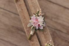 groom's boutonniere by EvaFleurs on Etsy Groom Boutonniere, Fall Flowers, Flowers In Hair, Flower Head Wreaths, Hair Comb Wedding, Flower Crown, Floral, Handmade
