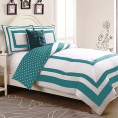 Polka Dot Juvi Reversible Comforter Set