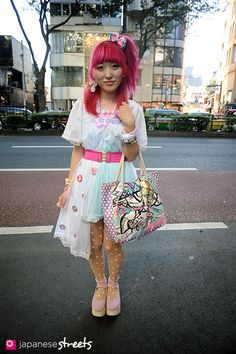 110918-1206:Harajuku, Tokyo, NUMBER406, 6%DOKIDOKI, TOKYO BOPPER, party baby, Shojono Tomo