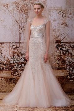 Off white Wedding dress, key hole back