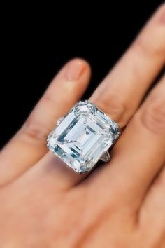 A 29 carat diamond with exceptional brilliance for a step-cut.