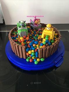 Paw Patrol Birthday Cake, Paw Patrol Party, Torta Paw Patrol, Paw Patrol Cupcakes, Cumple Paw Patrol, Popular Birthdays, Homemade Birthday Cakes, Character Cakes, Cakes For Boys