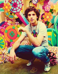 Mika, lollipop background