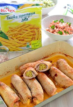 Roladki ze schabu nadziewane fasolką, szynką i żółtym serem z marchewką na ciepło
