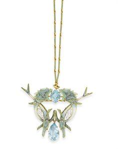 AN ART NOUVEAU AQUAMARINE, ENAMEL AND DIAMOND PENDANT NECKLACE, BY RENE LALIQUE