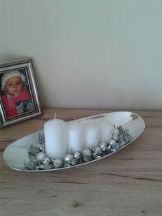 Adventní+svícen+(42cm)+Moderní+adventní+svícen.+Délka+42cm,výška+15cm,šířka+17cm.+V+případě+zájmu+je+možné+zaslat+jako+křehké+(příplatek+30kč). Candle Sconces, Wall Lights, Candles, Glass, Food, Appliques, Drinkware, Corning Glass, Essen