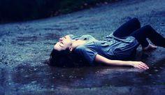 Mengapa Melupakan Patah Hati Terasa Menyakitkan?! ...