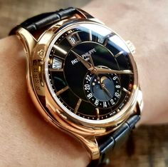 Vintage Watches Collection : Patek Philippe - Fashion tips - Amazing Watches, Beautiful Watches, Cool Watches, Rolex Watches, Wrist Watches, Fine Watches, Patek Philippe, Stylish Watches, Luxury Watches For Men
