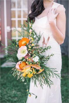 poppy bouquet @weddingchicks