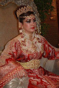 The Moroccon bride in her traditional wedding dress - K. Azzouzi's Image