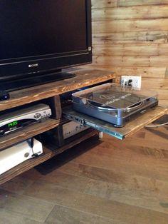 Meuble de télé amélioré pour table tournante Flat Screen, Tv Consoles, Furniture, House, Blood Plasma