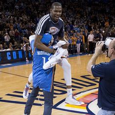 Kevin Durant Tackles Fan in OKC After Half-Court Shot (VIDEO) this seems to happen more and more!
