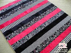Cute strippy baby quilt by piece n' quilt. Hmmmm, wonder if this is something even I, with my lack of sewing skills, could manage? Worth a gander and try.