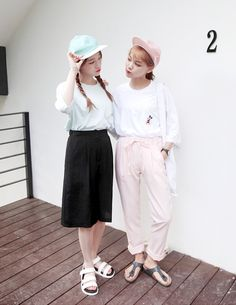 Image via We Heart It #fashion #girl #korean #photography #uzzlang #ootd #kfashion