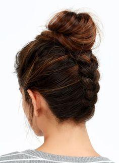 tuto de chignon tressé et idée de coiffure avec cheveux longs