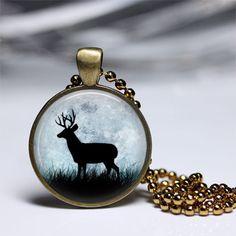 Pendelketten - Rehe im Mond Anhänger besonderes Geschenk - ein Designerstück von MadamebutterflyMeagan bei DaWanda