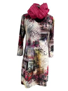 Beautiful print on a nice simple designed dress in a feminine shape. Made in viscose jersey are in M and L for Dkr. 1000,-. Order it at www.husbond.dk