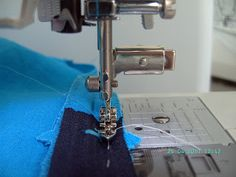 The Sewing Corner: Sewing Machine Presser Feet Cheat Sheet