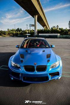 Visit The MACHINE Shop Café... ❤ Best of BMW @ MACHINE ❤ (Blue 2015 BMW ///M4 Coupé)